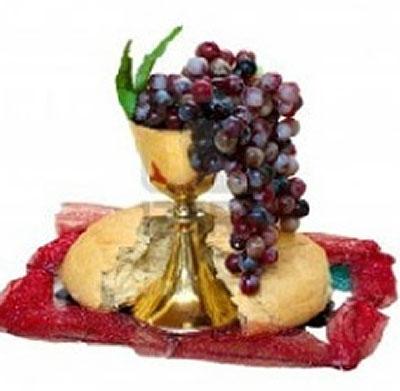 Copa, pan y uvas
